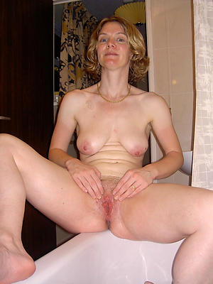 ill-tempered mature show one's age nude pics