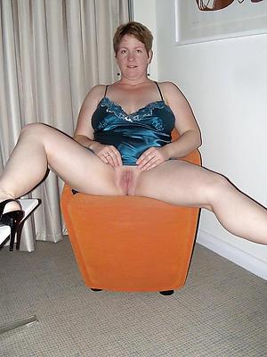 xxx free mature wife strip