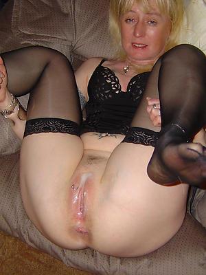 mature open cunt porn pics