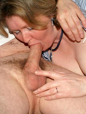 xxx mature mom blowjob porn pics