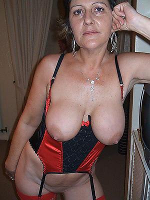 beauties mature boobs photos