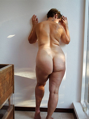 big booty of age moms love porn