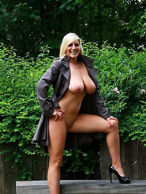 gorgeous real mature naked women porn pics