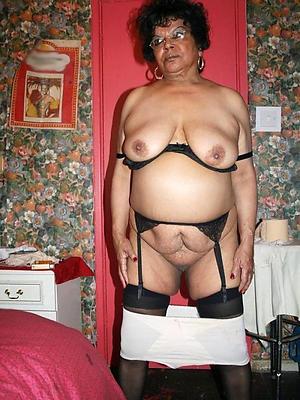 gorgeous horny old women porn pics