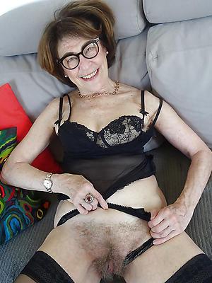 hotties age-old chap-fallen body of men porn pics
