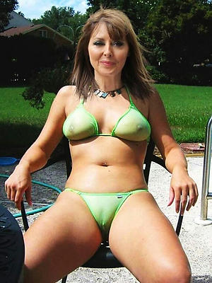 porn pics be required of amateurish mature bikini