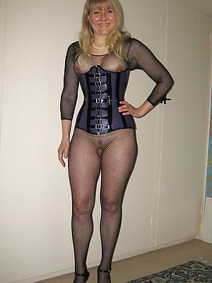hotties mature wife pantyhose pics