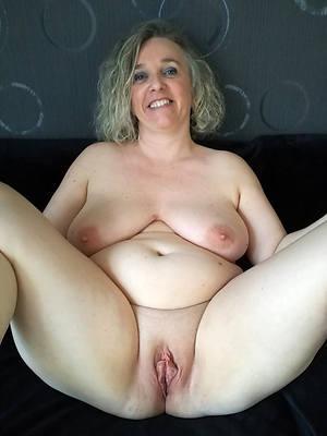 xxx mature shaved vaginas nude pics