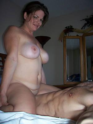 xxx full-grown woman having sex homemade