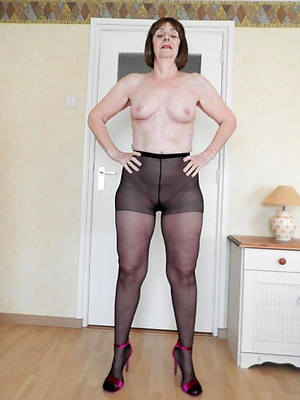 slutty mature nylons pictures