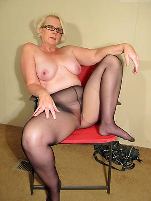 beautiful mature women in nylons porn pics
