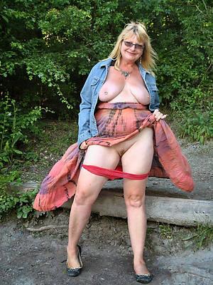 mature XXX woman