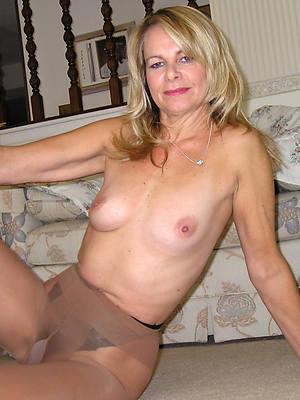 fantastic matures in pantyhose homemade porn