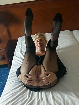 slutty matures in pantyhose nude porn