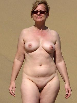 unconforming pics of mature tits solo