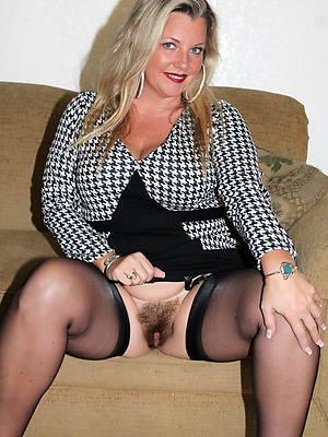 slutty mature stocking moms nude pics