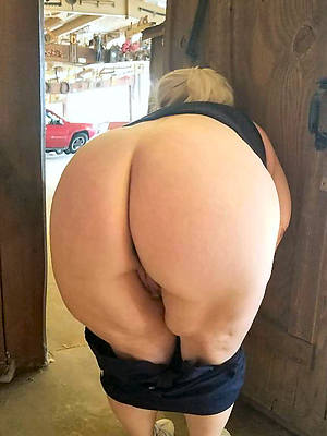 free pics be advantageous to mature big booty women