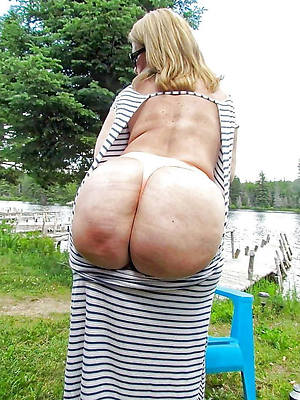 perfect big booty grown-up milf nude pics