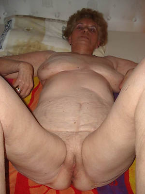 perfect old mature naked column pics