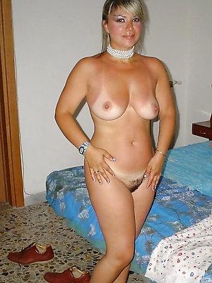 free pics of mature girlfriend galleries