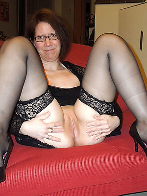 mature glasses nude stripped