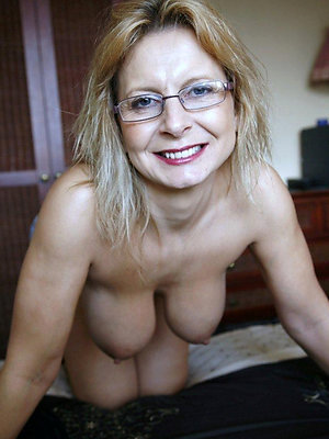 porn pics of matures with glasses