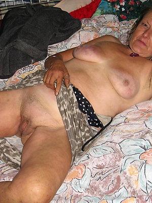 magnificent free granny porn galleries