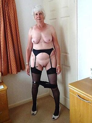 beautiful free granny porn pics