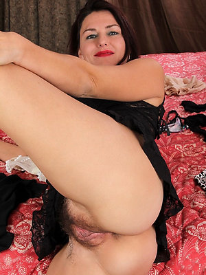 down in the mouth hairy older women pictures