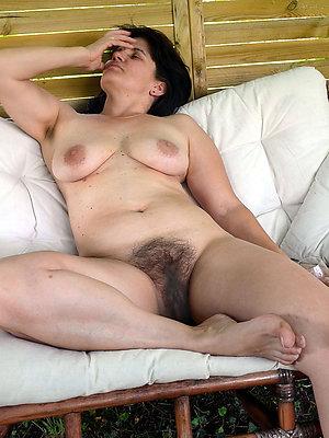 nude hairy mature