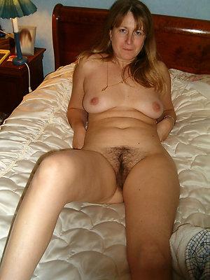 slutty hairy mature sex pics