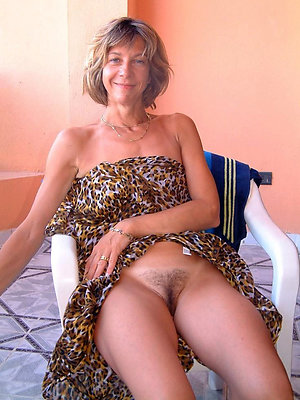 free pics of grown-up hairy pussy porn