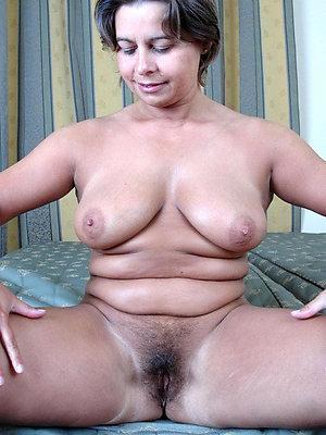 gorgeous flimsy mature moms pictures