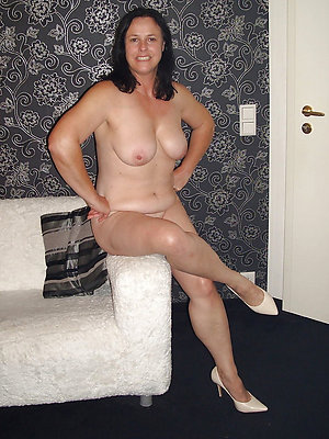 naughty matures in high heels sex gallery