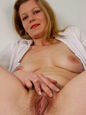 daft mature vulva pics