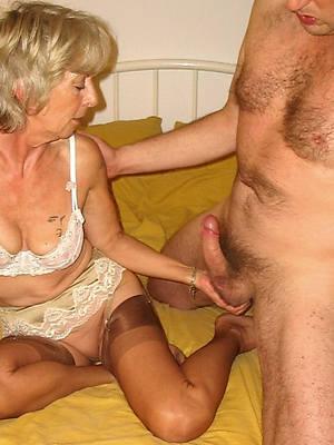 porn pics of mature mom handjob