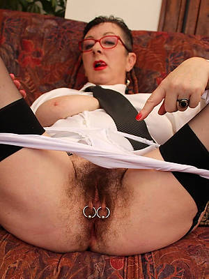 fantastic mature unshaved nude pics