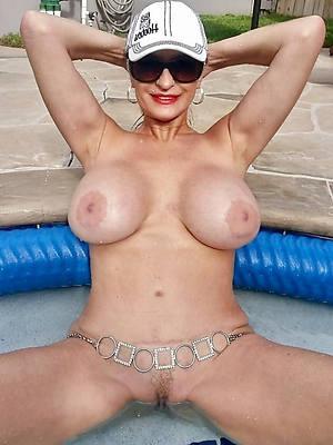 xxx huge mature natural tits
