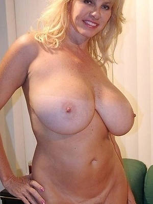 porn pics of huge jugs mature