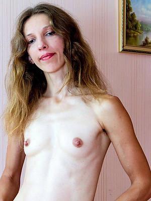 sexy hot skinny mature moms