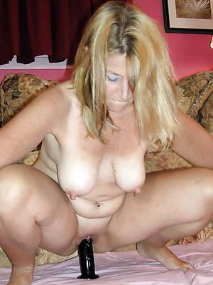 hotties matured nipple pictures