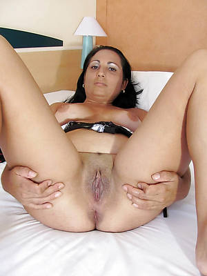 mature latina xxx stripped