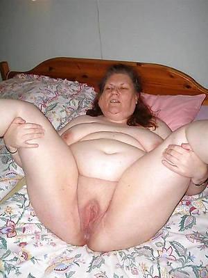 hotties naked mature grannies photos