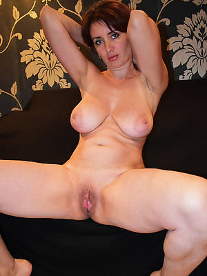 wonderful beautiful mature milfs