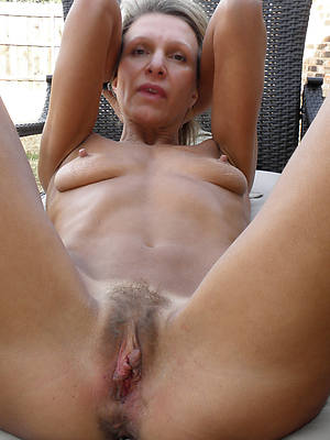 porn pics of mature free and single