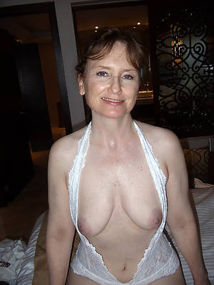mature free and single porn pictures
