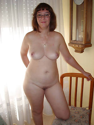 beautiful grown-up starkers women homemade porn