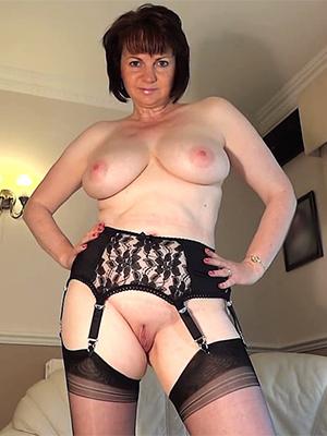 elegant hot mature pussy porn pics