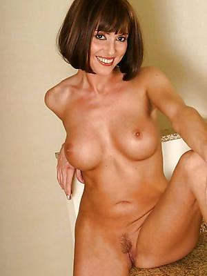 naught mature milfs over 40 porn pics