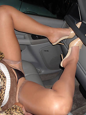 nude mature pantyhose starkers